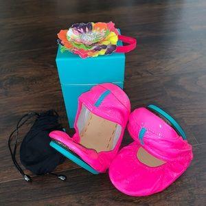 NIB Tieks Pop Pink Patent Leather Ballet Flats 10